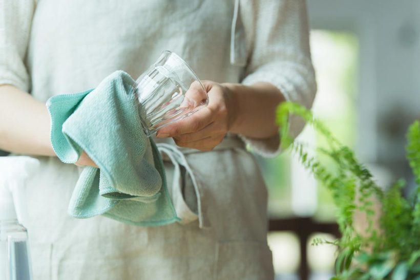重曹を利用した食器のナチュラルクリーニング(お掃除)のイメージ