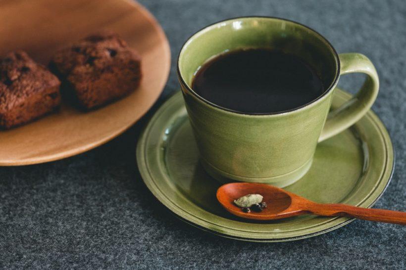 胃腸に優しいカルダモン入り「ブラックコーヒー 」